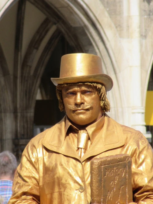 Gold Man - Munich
